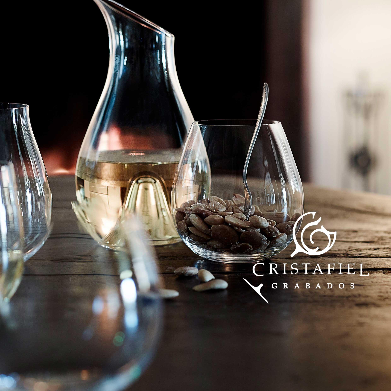 2 Vasos Riedel Pinot Nebbiolo Grabados Cristafiel